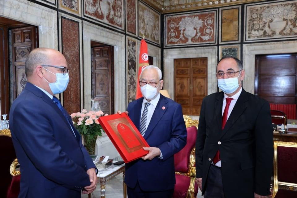 رئيس المجلس الأعلى للقضاء يسلّم التقرير السنوي إلى رئيس مجلس النواب